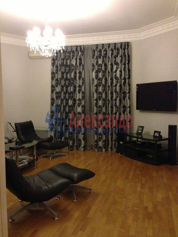 3-комнатная квартира (145м2) в аренду по адресу Каменноостровский пр., 73-75— фото 5 из 11