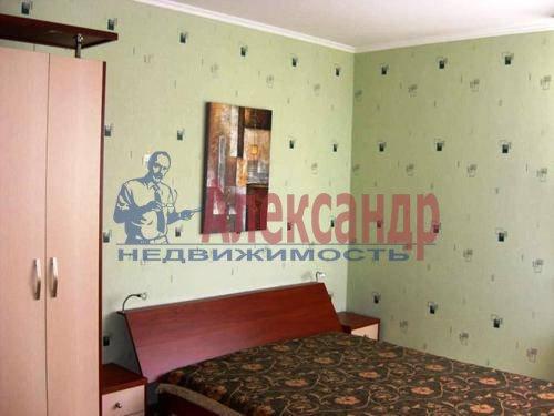 3-комнатная квартира (94м2) в аренду по адресу Выборгское шос., 27— фото 4 из 11