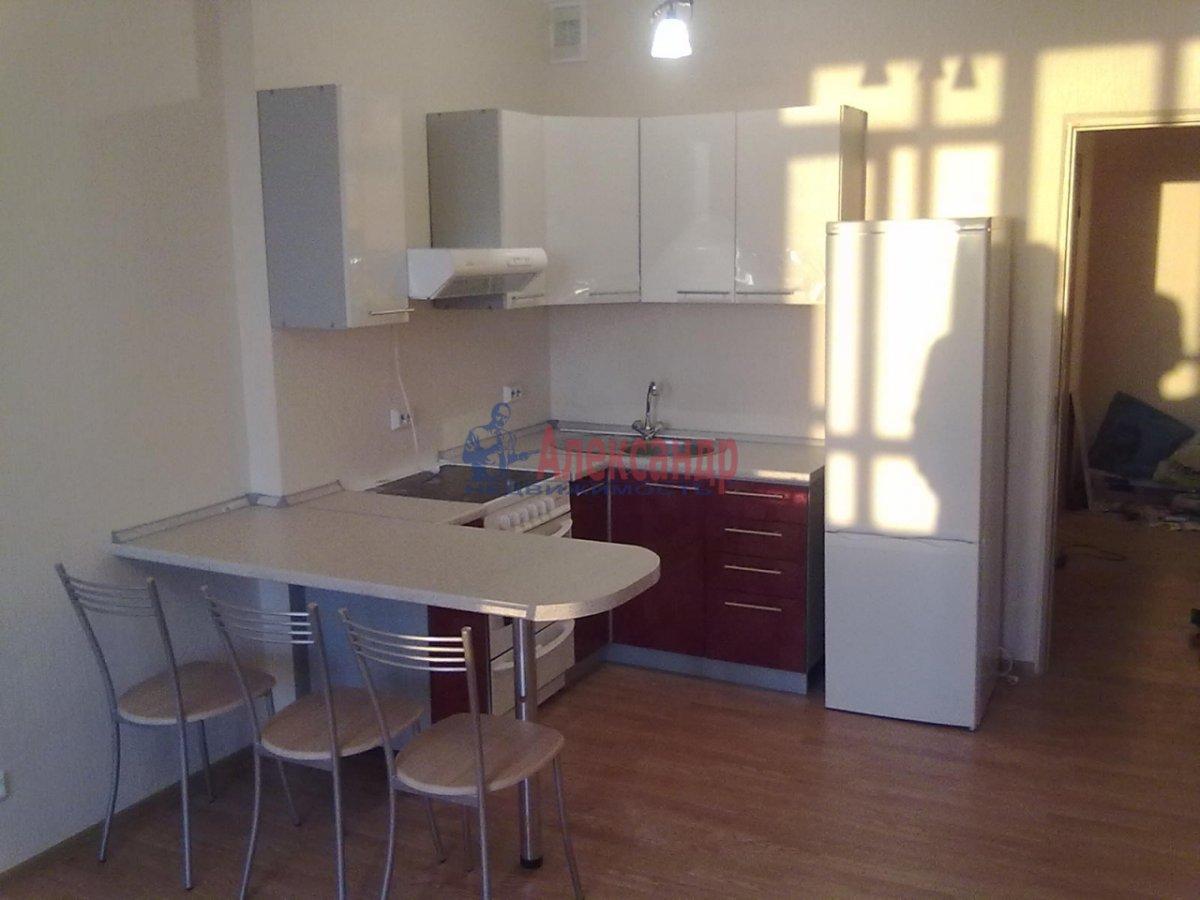 1-комнатная квартира (35м2) в аренду по адресу Глухарская ул., 5— фото 1 из 1