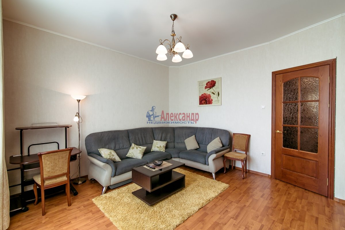2-комнатная квартира (65м2) в аренду по адресу Алтайская ул., 11— фото 22 из 26