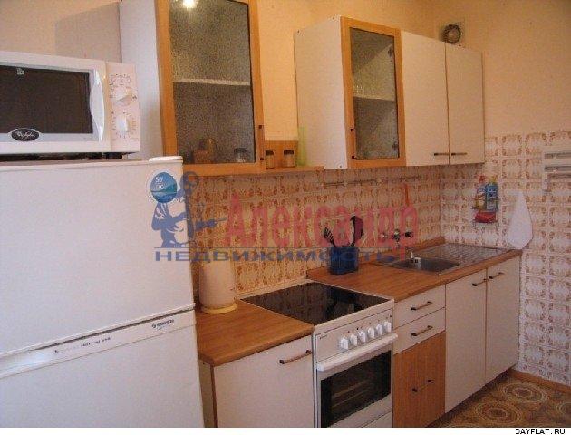 1-комнатная квартира (37м2) в аренду по адресу Яхтенная ул., 4— фото 2 из 3