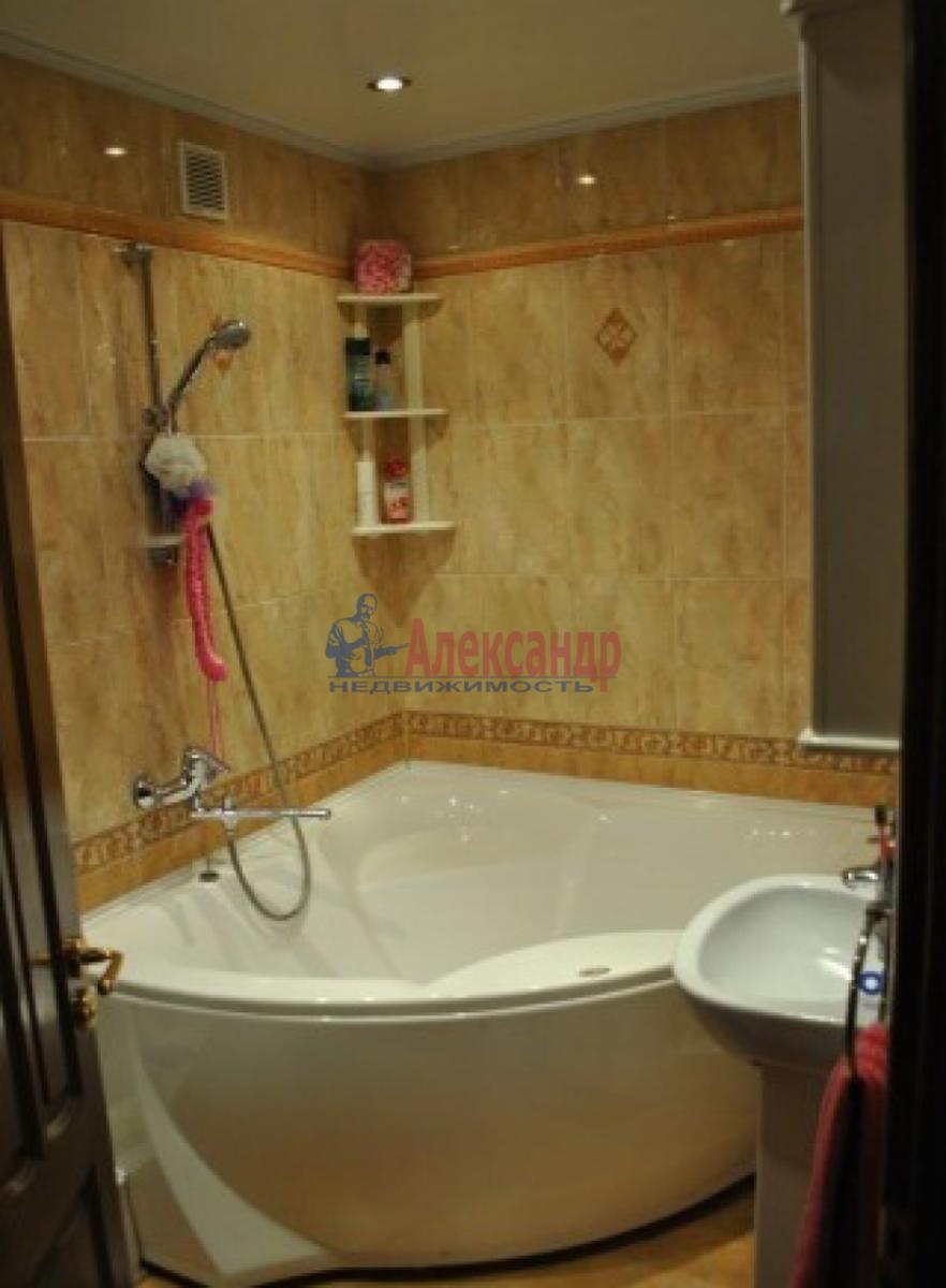 2-комнатная квартира (54м2) в аренду по адресу Ветеранов пр., 122— фото 5 из 5