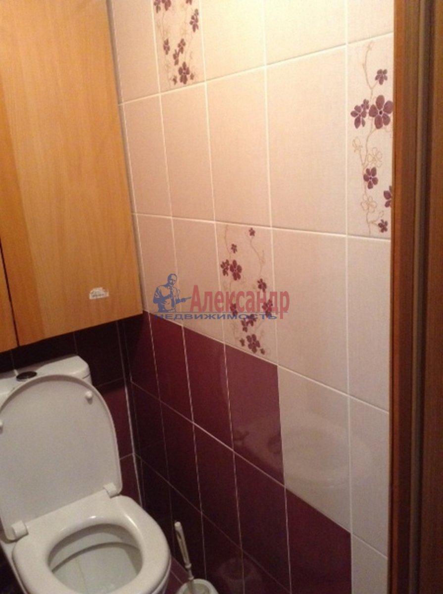 1-комнатная квартира (33м2) в аренду по адресу Бухарестская ул., 15— фото 6 из 9