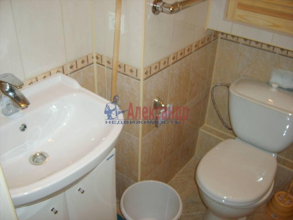 1-комнатная квартира (37м2) в аренду по адресу Варшавская ул., 23— фото 4 из 4