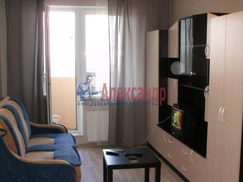 1-комнатная квартира (37м2) в аренду по адресу Серебристый бул., 21— фото 2 из 3
