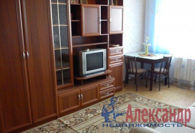 1-комнатная квартира (36м2) в аренду по адресу Стачек пр., 101— фото 1 из 2