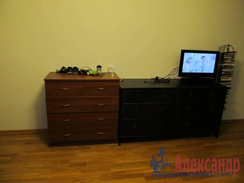 1-комнатная квартира (40м2) в аренду по адресу Маршала Блюхера пр., 21— фото 7 из 13