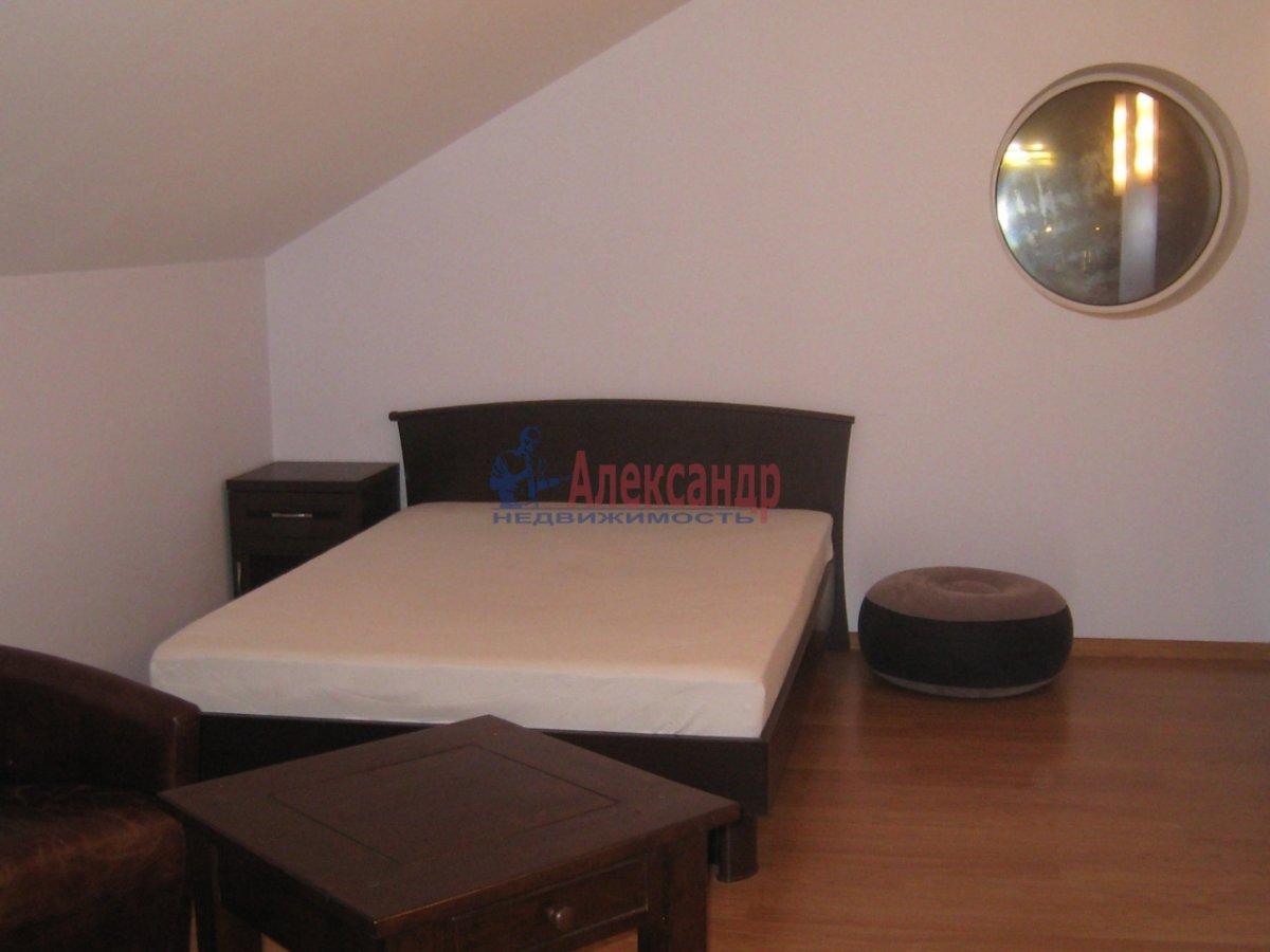 3-комнатная квартира (130м2) в аренду по адресу Парадная ул.— фото 3 из 5