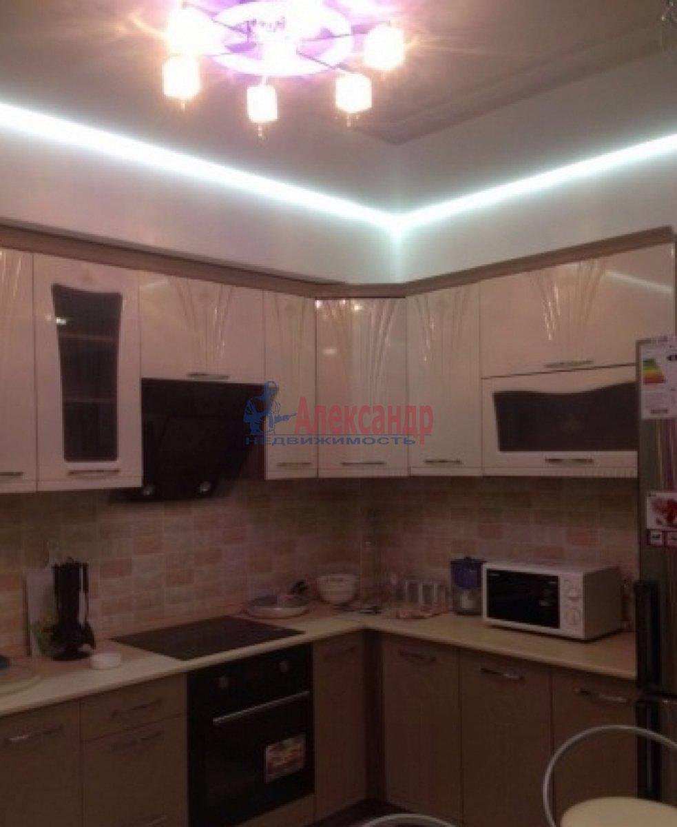 2-комнатная квартира (75м2) в аренду по адресу Богатырский пр., 49— фото 2 из 10