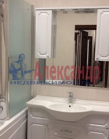 2-комнатная квартира (68м2) в аренду по адресу Ленинский пр., 135— фото 4 из 6