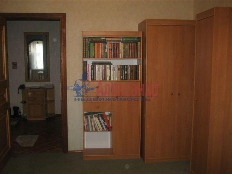 1-комнатная квартира (35м2) в аренду по адресу Дыбенко ул., 42— фото 1 из 6