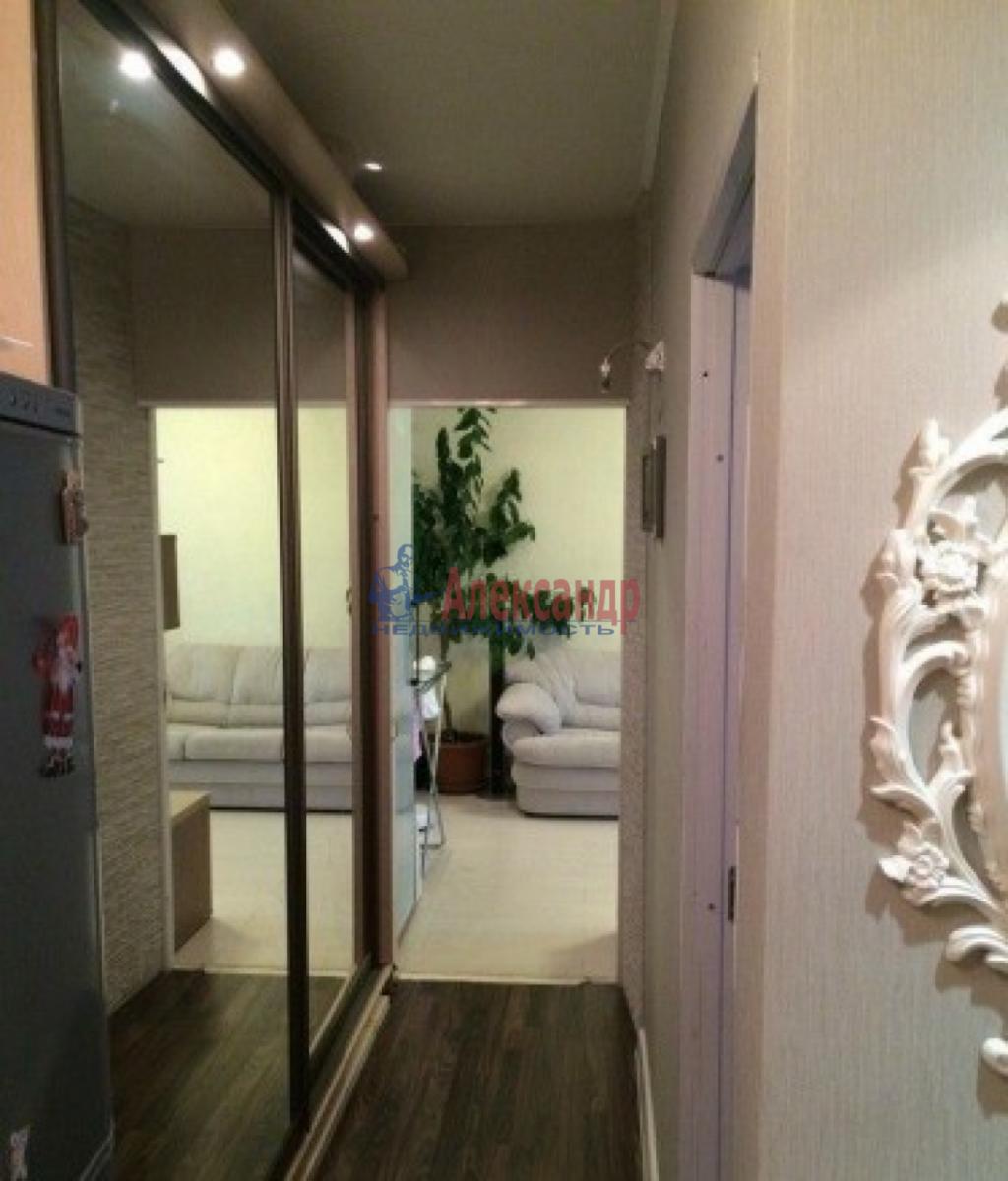 2-комнатная квартира (50м2) в аренду по адресу Ленинский пр., 176— фото 1 из 9
