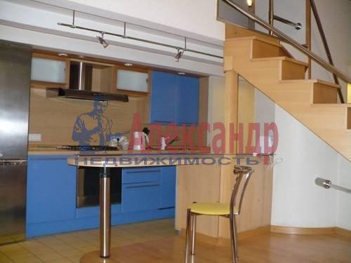 3-комнатная квартира (70м2) в аренду по адресу Невский пр., 100— фото 3 из 6