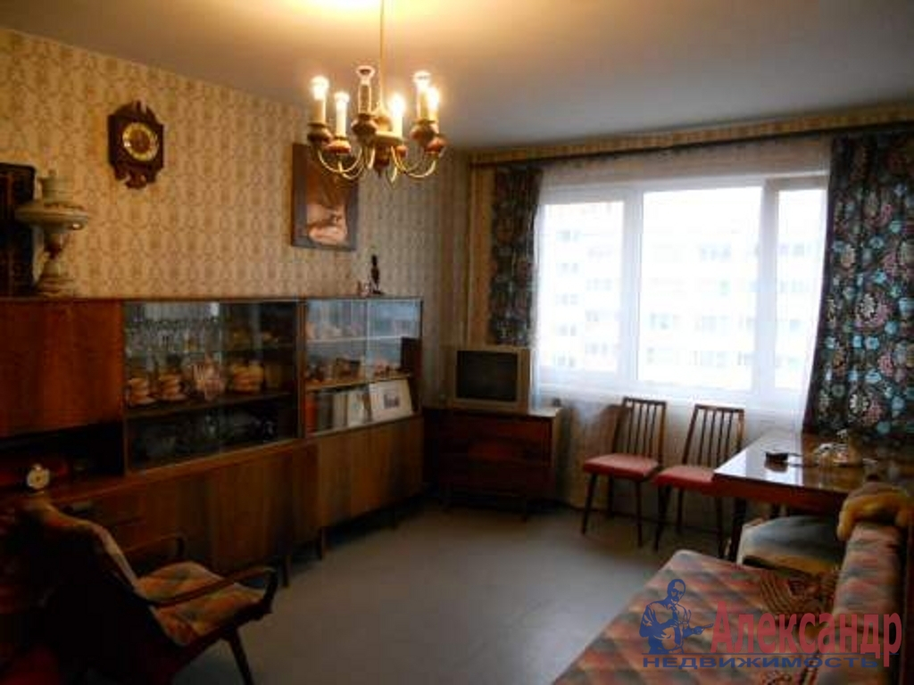 Комната в 2-комнатной квартире (42м2) в аренду по адресу Белы Куна ул., 6— фото 1 из 2