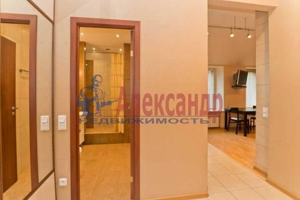 3-комнатная квартира (113м2) в аренду по адресу Кирочная ул., 16— фото 3 из 11