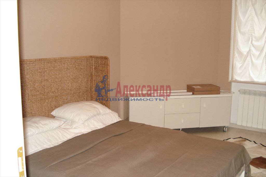 2-комнатная квартира (67м2) в аренду по адресу Коломенская ул., 7— фото 4 из 5