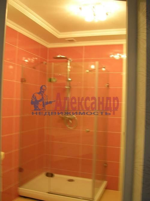 2-комнатная квартира (80м2) в аренду по адресу Коломяжский пр., 26— фото 1 из 10