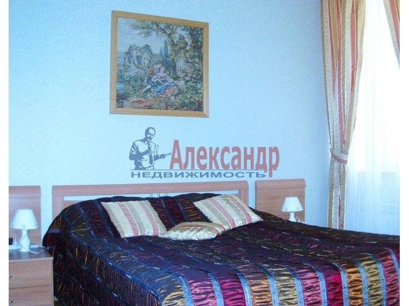 1-комнатная квартира (35м2) в аренду по адресу Шпалерная ул., 60— фото 2 из 4