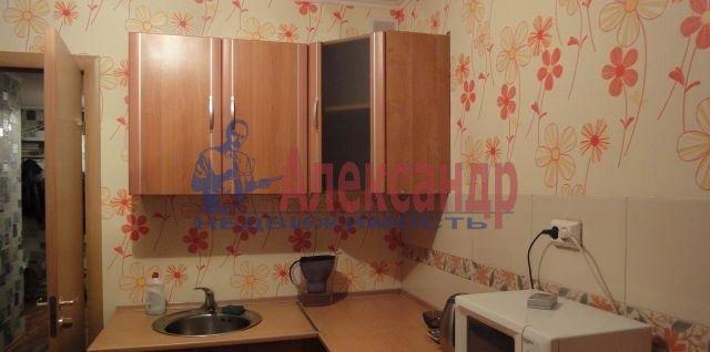 Комната в 3-комнатной квартире (75м2) в аренду по адресу 1 Красноармейская ул.— фото 2 из 2