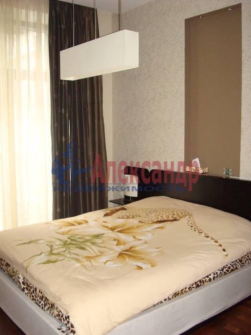 3-комнатная квартира (100м2) в аренду по адресу Жуковского ул., 28— фото 2 из 8