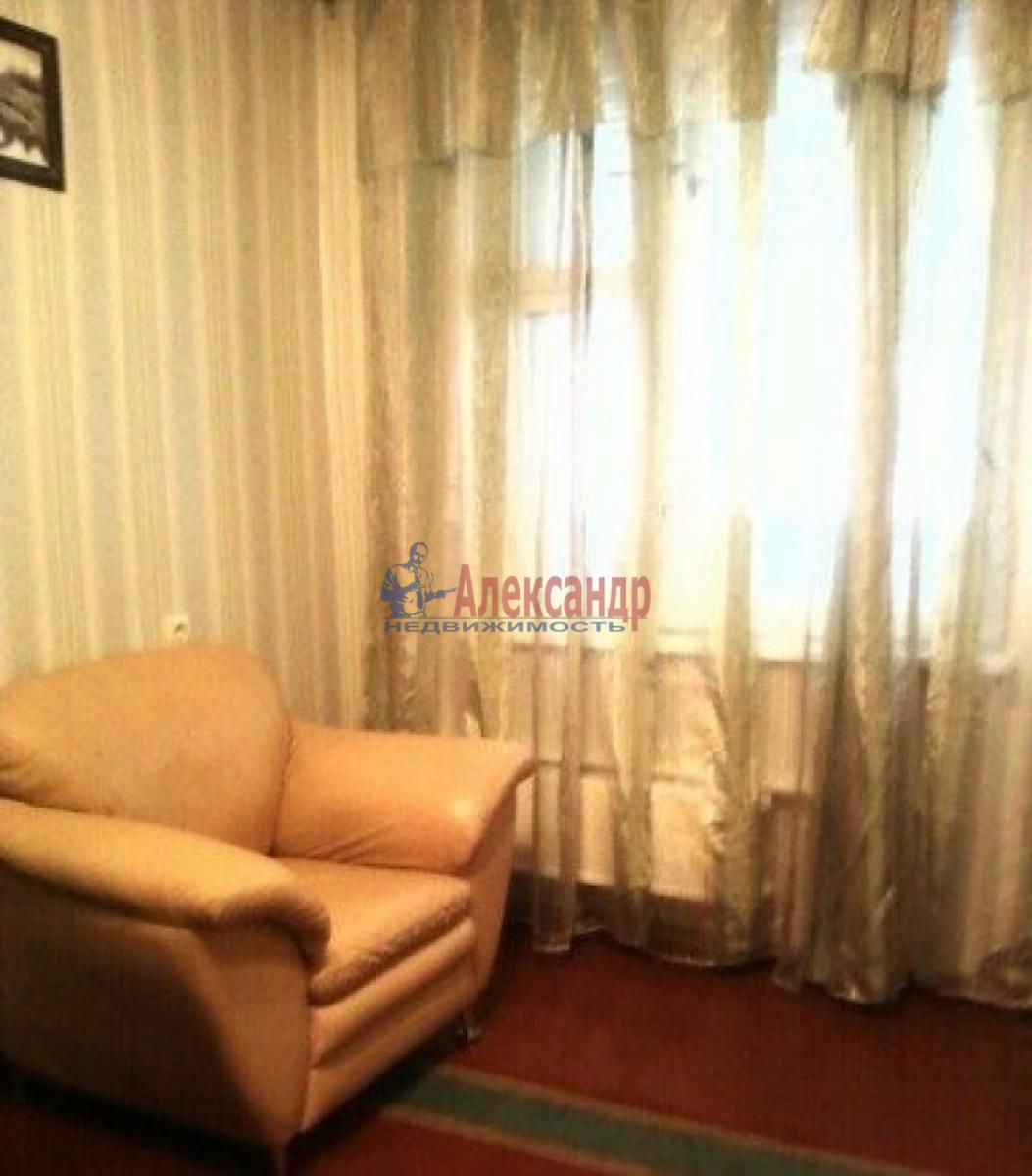 1-комнатная квартира (36м2) в аренду по адресу Двинская ул., 14— фото 2 из 3