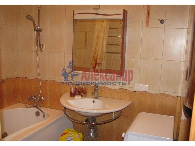1-комнатная квартира (35м2) в аренду по адресу Композиторов ул., 1— фото 4 из 4