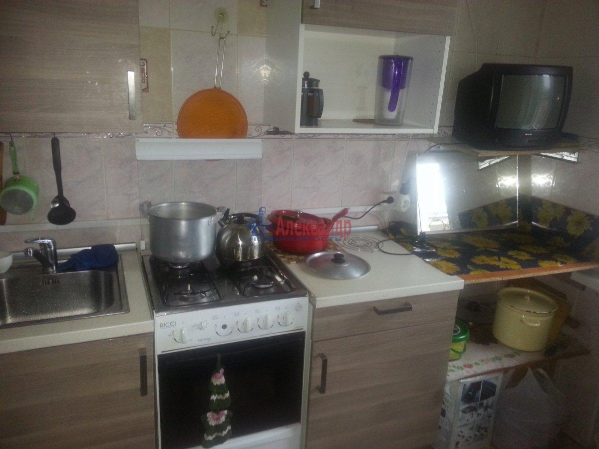 Комната в 3-комнатной квартире (80м2) в аренду по адресу Новочеркасский пр., 11— фото 8 из 10