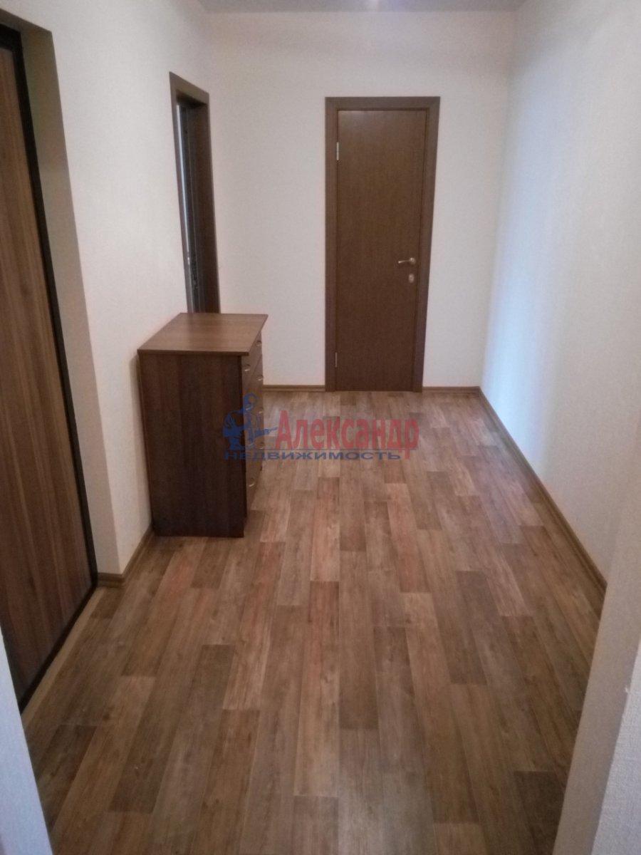 2-комнатная квартира (64м2) в аренду по адресу Маршака пр., 14— фото 4 из 8