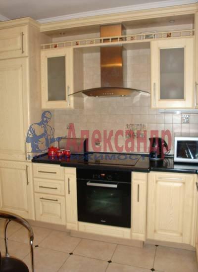 2-комнатная квартира (75м2) в аренду по адресу Миллионная ул., 16— фото 2 из 4