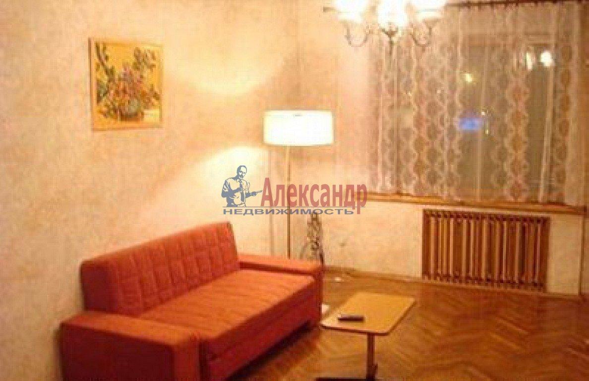 1-комнатная квартира (34м2) в аренду по адресу Шаумяна пр., 75— фото 1 из 3