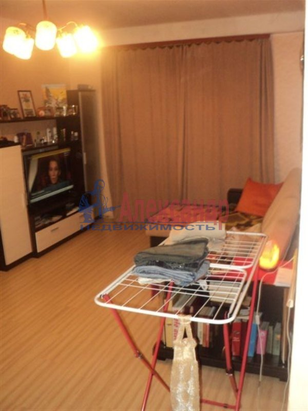 1-комнатная квартира (31м2) в аренду по адресу Литовская ул.— фото 1 из 3