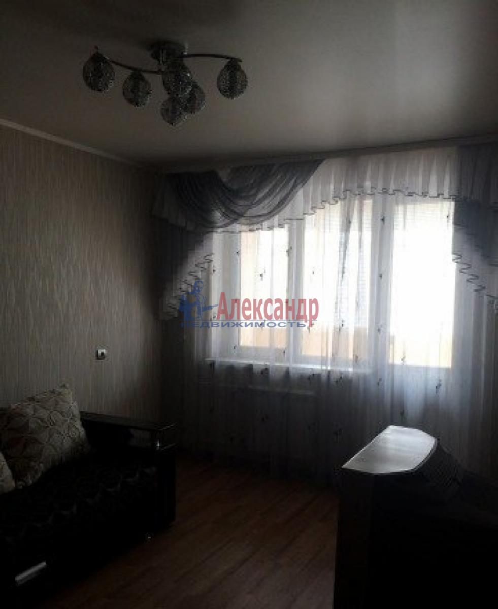 1-комнатная квартира (35м2) в аренду по адресу Трефолева ул., 26— фото 4 из 10