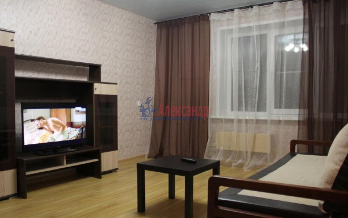 1-комнатная квартира (34м2) в аренду по адресу Есенина ул., 14— фото 1 из 3