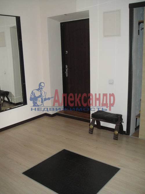 2-комнатная квартира (67м2) в аренду по адресу Маршала Жукова пр., 28— фото 2 из 6