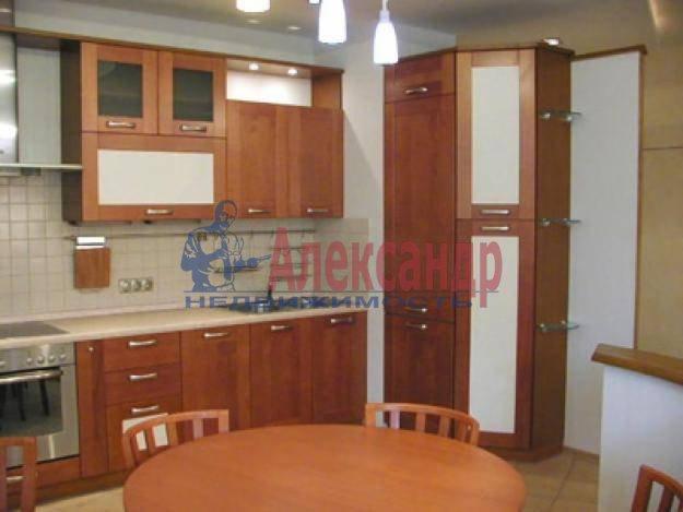 1-комнатная квартира (41м2) в аренду по адресу Комендантский пр., 17— фото 1 из 3