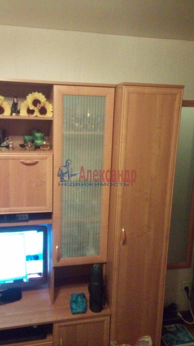 Комната в 3-комнатной квартире (100м2) в аренду по адресу Суздальский просп., 57— фото 3 из 16