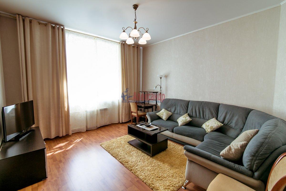 2-комнатная квартира (65м2) в аренду по адресу Алтайская ул., 11— фото 21 из 26
