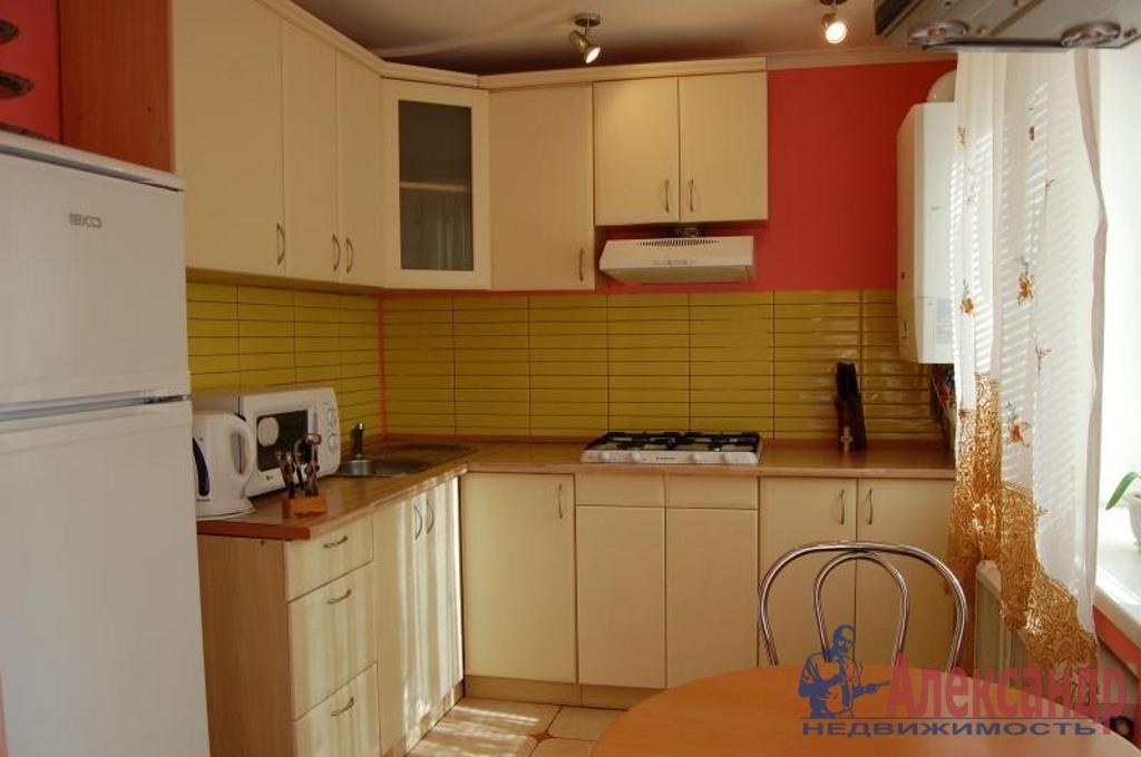 2-комнатная квартира (65м2) в аренду по адресу Съезжинская ул., 4— фото 3 из 3