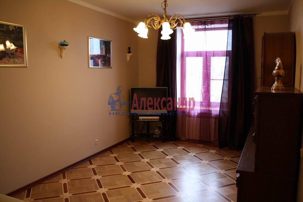 2-комнатная квартира (60м2) в аренду по адресу Мытнинская наб., 7/5— фото 7 из 10