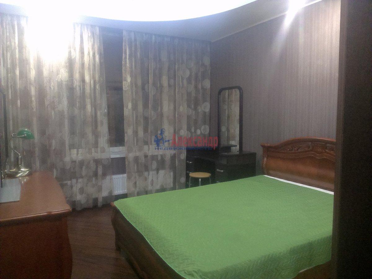 1-комнатная квартира (53м2) в аренду по адресу Коломяжский пр., 26— фото 3 из 3