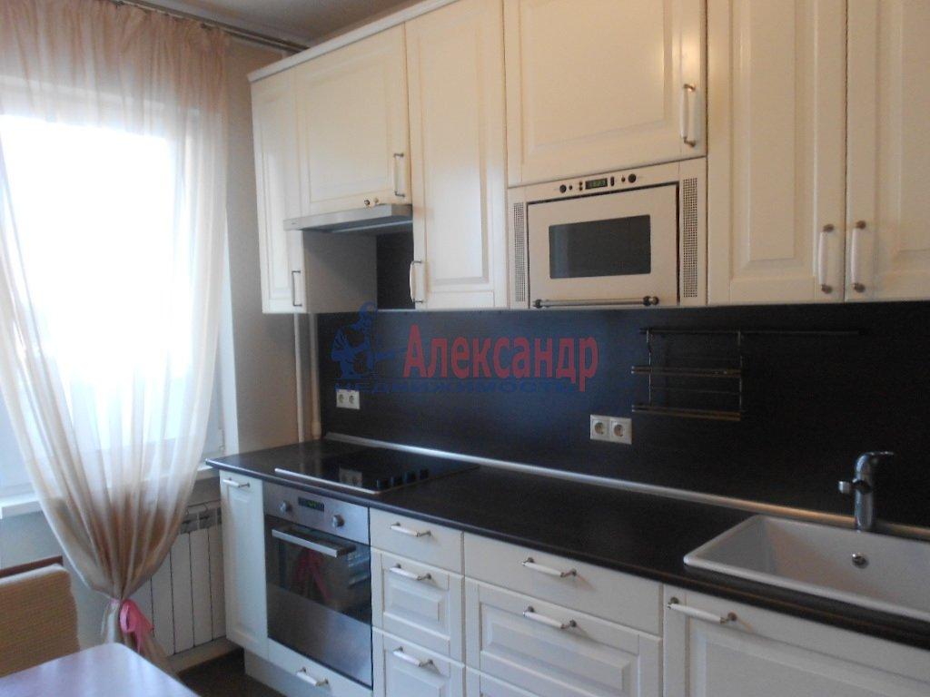 1-комнатная квартира (40м2) в аренду по адресу Ораниенбаумская ул., 21— фото 2 из 4