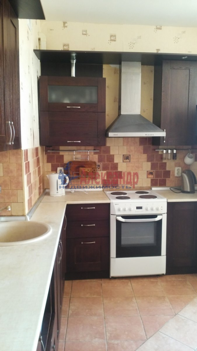 2-комнатная квартира (57м2) в аренду по адресу Ленинский пр., 109— фото 5 из 10