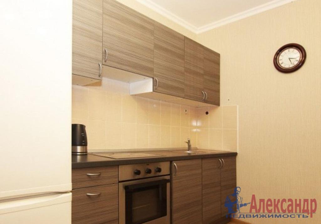 2-комнатная квартира (55м2) в аренду по адресу Лени Голикова ул., 15— фото 3 из 5