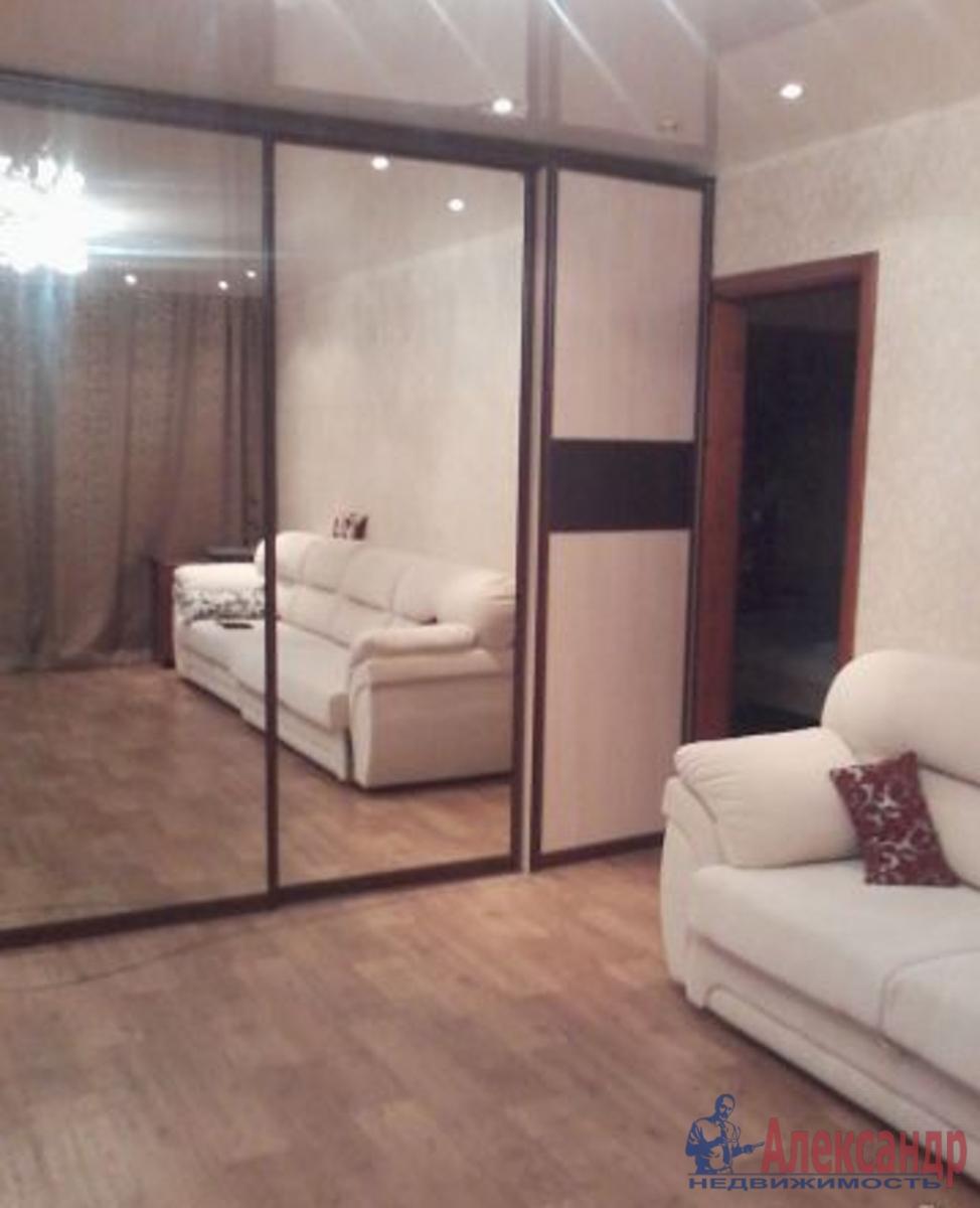 1-комнатная квартира (43м2) в аренду по адресу Бухарестская ул., 80— фото 1 из 3