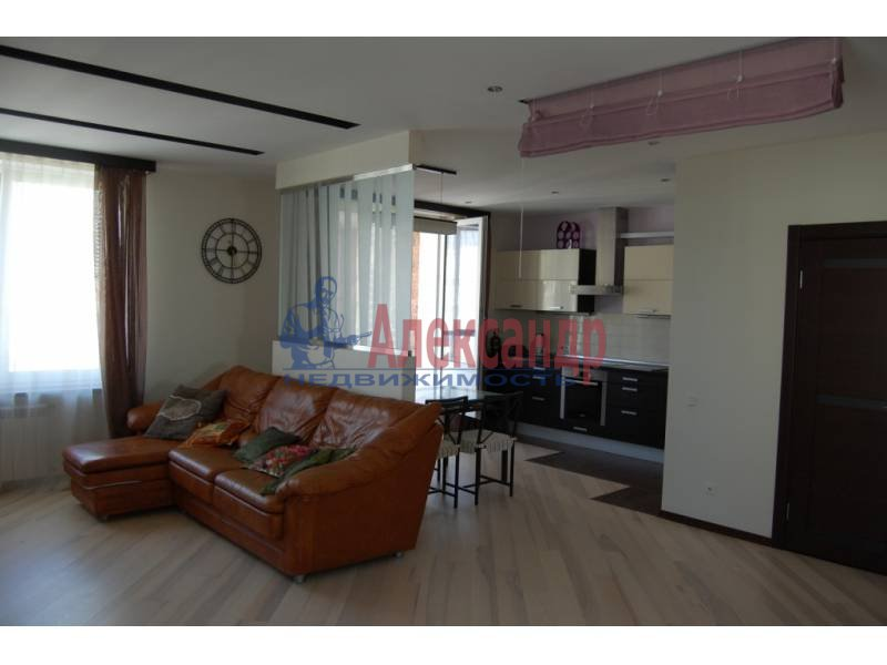 2-комнатная квартира (100м2) в аренду по адресу Кораблестроителей ул., 30— фото 10 из 14