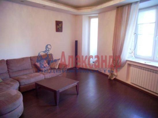 2-комнатная квартира (67м2) в аренду по адресу Пионерская ул., 16— фото 13 из 13
