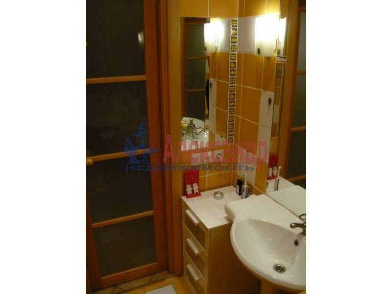 2-комнатная квартира (57м2) в аренду по адресу Садовая ул., 32— фото 1 из 12