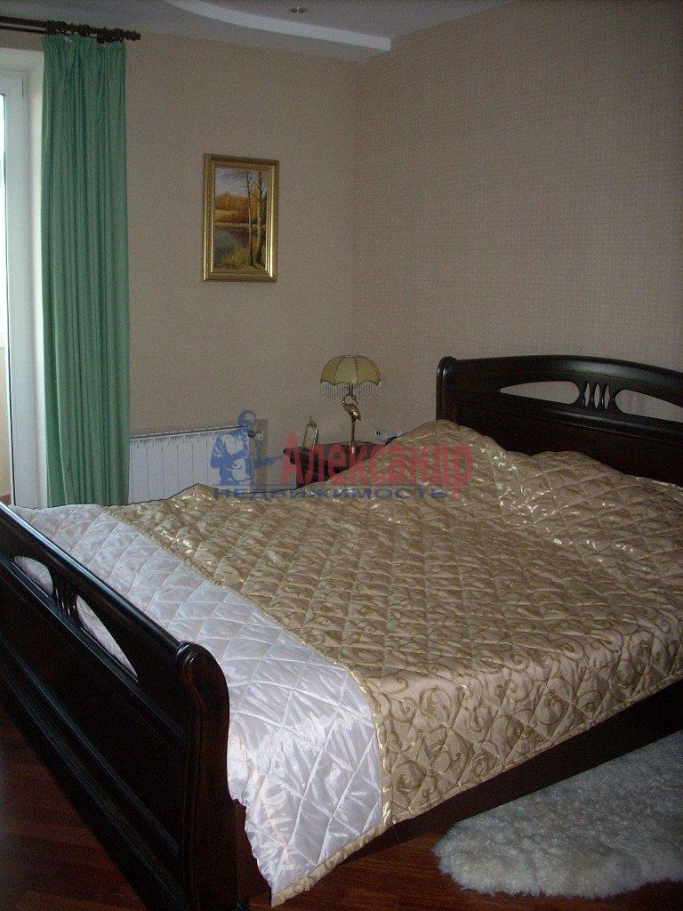 1-комнатная квартира (35м2) в аренду по адресу Пятилеток пр., 13— фото 1 из 4