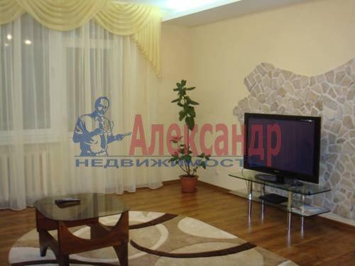 3-комнатная квартира (100м2) в аренду по адресу Сизова пр., 25— фото 3 из 8