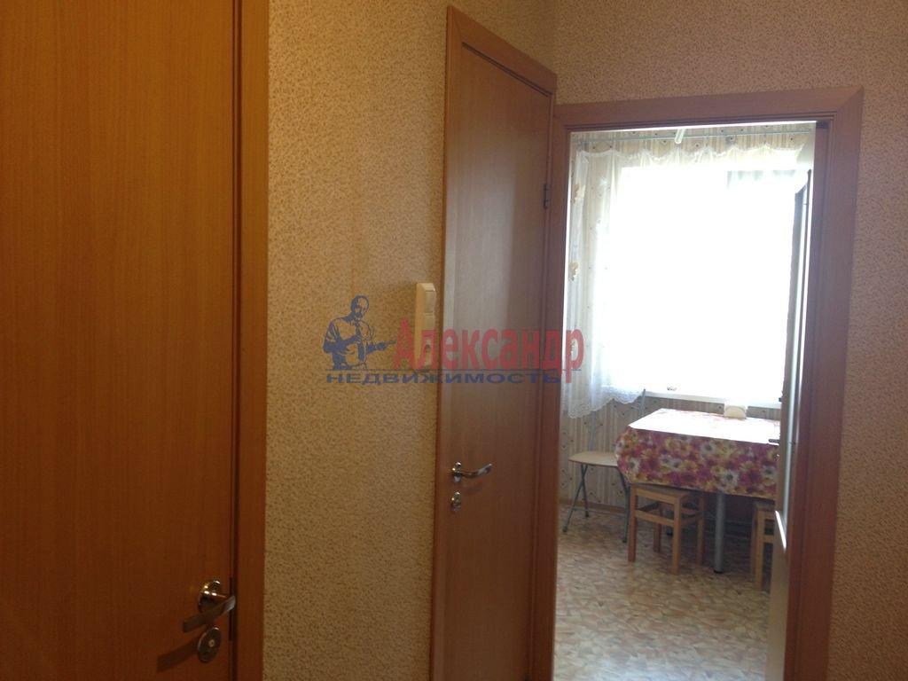 1-комнатная квартира (40м2) в аренду по адресу Яхтенная ул., 22— фото 4 из 10